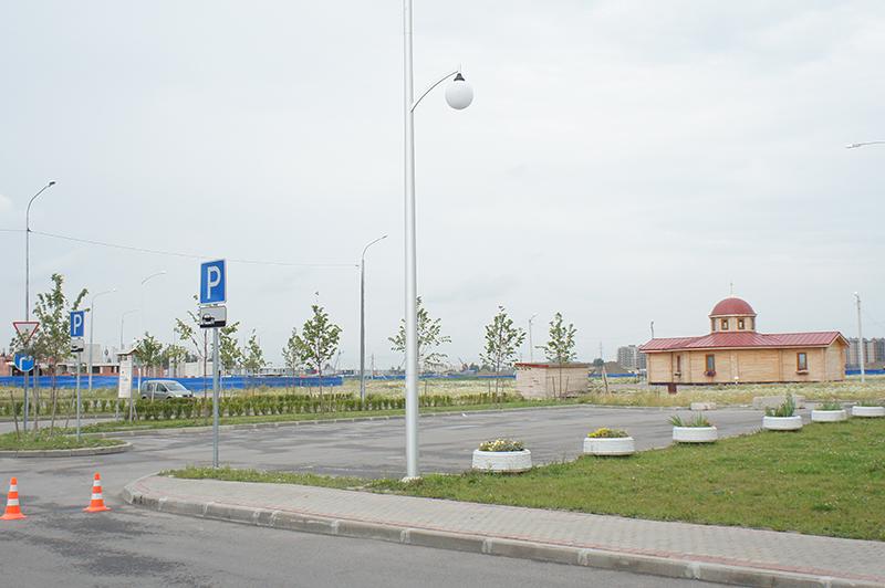 к декабрю в «Славянке» откроется большой торговый центр, а первые этажи домов будут коммерческими