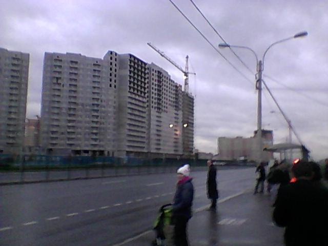 однушка, площадью 42 кв. м. стоит 3 млн 403 тысяч рублей