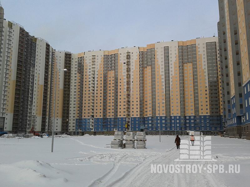 ЖК «Автора», и ЖК «Аврора-2» - строятся всего в 15-20 минутах ходьбы от ст. метро Проспект Большевиков.